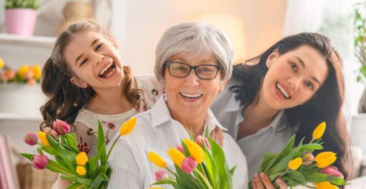 Трогательные поздравления маме и бабушке с 8 марта itemprop=
