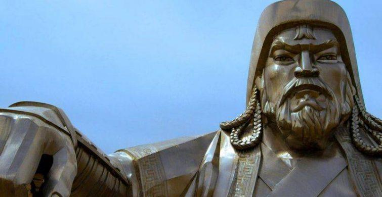 Как тайна могилы Чингисхана связана с почитанием монголами своего великого воина itemprop=