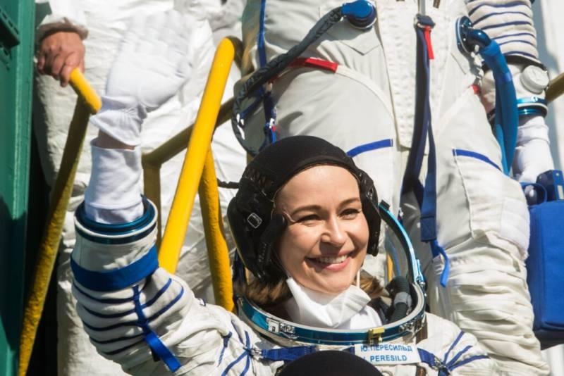 Как себя чувствуют в космосе Юлия Пересильд и Клим Шипенко