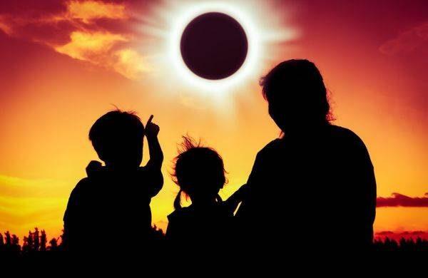 На какие знаки Зодиака больше всего повлияет коридор затмений с 26 мая по 10 июня 2021 itemprop=
